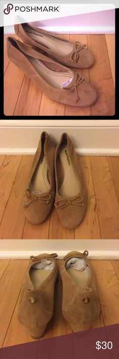 NEW Hush Puppies Wedges Tan Size 7 These are brand NEW Hush Puppies Wedge Shoes in size 7. Style: Martina; Color: Tan; Material: Kid Suede Hush Puppies Shoes Wedges