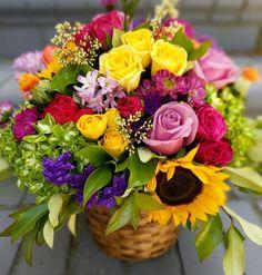 Colorful arrangement Silk Arrangements, Beautiful Flower Arrangements, Fresh Flowers, Beautiful Flowers, My Flower, Flower Power, Beautiful Lights, Wedding Flowers, Floral Design