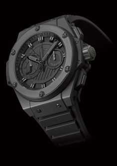 Hublots Big Bang King Power is the Baddest Timepiece On the Block tr Amazing Watches, Cool Watches, Stylish Watches, Casual Watches, Hublot King Power, Hublot Classic, Classy Suits, Hublot Watches, Men's Watches