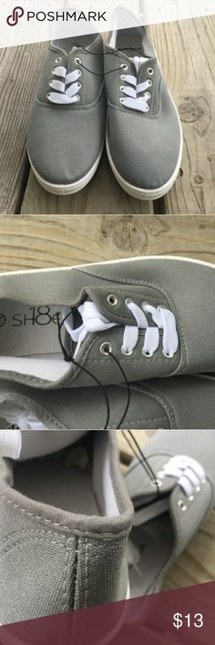Womens Canvas Shoes Brand new Women's Canvas shoes Shoes Flats & Loafers