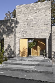 Tommy Rand's House - Picture gallery Square Windows, Big Windows, Beautiful Architecture, Architecture Design, Self Build Houses, Arch House, Concrete Steps, Built In Furniture, Interior Windows