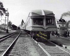 "Milwaukee Road Hiawatha ""Beavertail"" 8x10 photo Diesel Locomotive, Steam Locomotive, Railroad Pictures, Milwaukee Road, Railway Museum, Train Pictures, Train Station, Model Trains, The Ordinary"