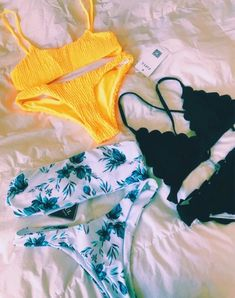 28 Bikini To Inspire Every Woman - Luxe Fashion New Trends - Fashion Ideas Trendy Swimwear, Cute Swimsuits, Cute Bikinis, Summer Bikinis, Summer Bathing Suits, Cute Bathing Suits, Summer Suits, Yellow Bathing Suit, Bathing Suit Covers