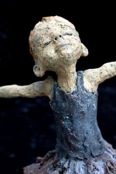 Jurga sculpteur | La Terre D'Or                                                                                                                                                     Plus