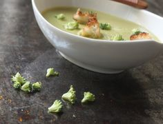 Broccoli and cream soup. Use GF or yeast free bread for croutons to make it low histamine. Use organic cream.