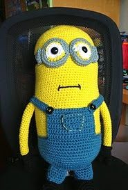 http://www.ravelry.com/patterns/library/hugh-the-minion-my-giant-minion