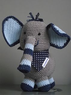 I love crochet animals Crochet Amigurumi, Amigurumi Doll, Amigurumi Patterns, Crochet Dolls, Knitting Patterns, Crochet Patterns, Love Crochet, Beautiful Crochet, Crochet For Kids
