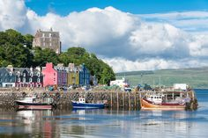 Tobermory, Scotland | 18 Charming Seaside Towns In Britain You Must Run Away To