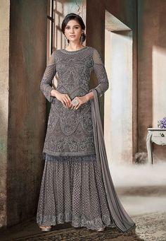 Grey Glam Multi Embroidered Flared Gharara Suit in 2019 Gharara gray color sharara - Gray Things Trajes Pakistani, Pakistani Suits, Pakistani Dresses, Pakistani Bridal, Punjabi Suits, Indian Designer Suits, Designer Salwar Suits, Designer Dresses, Sharara Suit