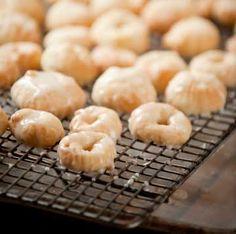 Sweet Italian Cookies with Lemon Glaze