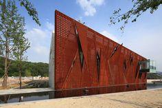 Museo de la Paz Nogunri / METAA