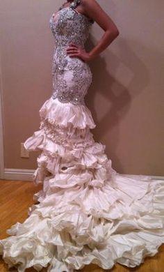 New With Tags Baracci Wedding Dress