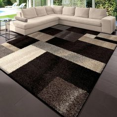 Tapis d'intérieur, 7 pi 10 po x 10 pi 10 po, gris Helena Patchwork Rugs In Living Room, Living Room Designs, Tapetes Diy, Mirrored Bedroom Furniture, Painted Chairs, Carpet Design, Colorful Furniture, Small Rugs, Floor Rugs