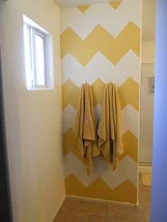 Chevron paint tutorial - a great accent wall