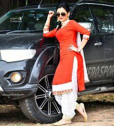 Fashion Collection Best Women Ethnic Wear only at Punjabi Suit Simple, Punjabi Suits, Salwar Suits, Patiala Suit Designs, Sari Blouse Designs, Stylish Girls Photos, Stylish Girl Pic, Punjabi Fashion, Indian Fashion