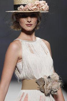 Canotier: el complemento ideal para invitadas de boda Image: 9