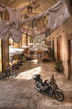 Arezzo (Tuscany, Italy) by Felix Neiss