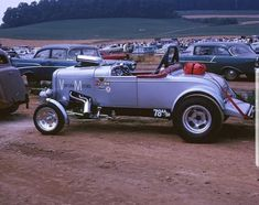 32 Ford Roadster, Drag Cars, Drag Racing, Hot Rods, Antique Cars, Street, Pictures, Countryside, America