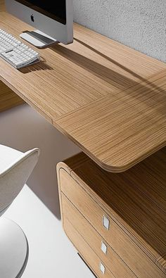 Rectangular #wood veneer executive #desk with drawers SESTANTE by IFT