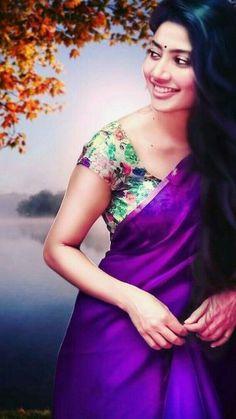 Pallavi Sai Pallavi Hd Images, South Actress, South Indian Actress, Set Saree, Cute Girl Photo, Indian Heroine, Galaxy Pictures, Indian Sarees, Silk Sarees