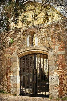 Monasterio de Yuste, Comarca de La Vera, Cáceres Ven a Vergaua y descubre la vera www.veraguaocio.com TurismoExtremadura Alojamiento rural Caceres Extremadura España