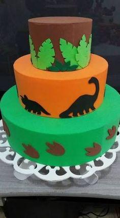 Resultado de imagem para bolo eva dinossauro