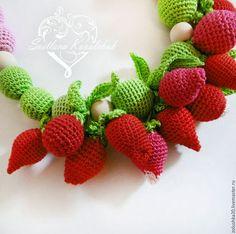 """Слингобусы """"Клубничное счастье!"""" - клубника, малина, много красных и зеленых ягод и листиков. Strawberry, Fruit, Toys, Activity Toys, Strawberries, Toy"""