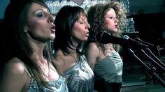 Megamix Band - Dobro znam (Official Video 2013)HD  https://www.youtube.com/watch?v=ABBh31cZhVM
