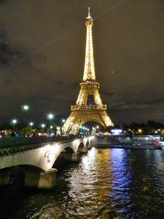 28 PASSEIO 02 torre tour eiffel iluminada a noite - dicas o que fazer em paris roteiros de viagem