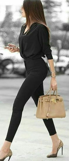 all black outfit for work ~ all black outfit . all black outfit for party . all black outfit for work . all black outfit casual . all black outfit winter . all black outfit men . all black outfit for party night . all black outfit for party classy Trajes Business Casual, Business Casual Outfits, Business Fashion, Business Chic, Business Look, Business Meeting, Business Dresses, Women's Office Fashion, Women's Business Clothes