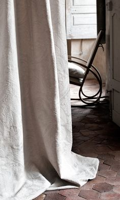 Lizzo Fabric Editor . Collection Capri