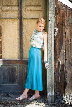 #retrovintageshop.pl #retro #vintage #romantic  spódnica - http://retrovintageshop.pl/dla-niej/3041-turkusowa-plisowanka-16.html top - http://retrovintageshop.pl/dla-niej/3028-przejrzystosc-16.html biżuteria - Sokaluk Glass