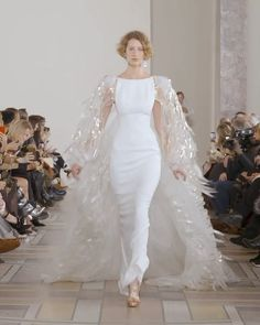 Georges Chakra Look Spring Summer 2020 Couture Collection White Mermaid Dress / Wedding Gown with Back Cut, Open Shoulders, Boat Neckline and a Train. Affordable Wedding Dresses, Dream Wedding Dresses, Elegant Dresses, Bridal Dresses, Nice Dresses, Wedding Gowns, Georges Chakra, Couture Dresses, Fashion Dresses