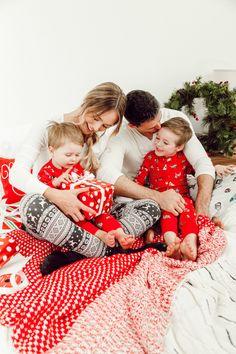 Our favorite tradition-Christmas pajamas! Family Christmas Outfits, Family Christmas Pictures, Family Christmas Pajamas, Family Holiday, Family Pictures, Christmas Mini Sessions, Christmas Minis, Xmas Pictures, Christmas Photography
