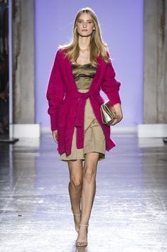 Luisa Spagnoli at Milan Fashion Week Spring 2019 b7018132bba