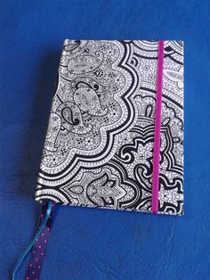 Cuadernos on pinterest manualidades notebook covers and for Decoraciones para hojas