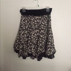 CAbi Skirt CAbi reversible skirt, hardly worn in great condition! For more pictures or to see it on just ask :) CAbi Skirts