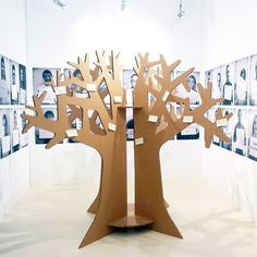 Cardboard tree for events and exhibition! Designed by Cartonlab #cardboardtree #cardboarddecoration