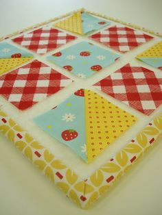 Bee In My Bonnet: Easy Half Square Triangle Tutorial...Sew simple with just a minimal amount of waste fabric!