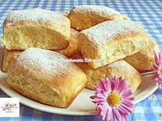 Pehelykönnyű bukta | Edit56 receptje - Cookpad receptek Cornbread, Cookie Recipes, French Toast, Cookies, Breakfast, Ethnic Recipes, Food, Millet Bread, Recipes For Biscuits
