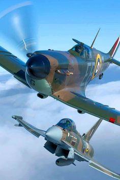 Battle of Britain Memorial Flight Ww2 Aircraft, Fighter Aircraft, Fighter Jets, Aircraft Images, Military Jets, Military Aircraft, Spitfire Airplane, The Spitfires, Supermarine Spitfire