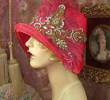 1920'S VINTAGE STYLE GATSBY RED & GOLD RHINESTONE EMBROIDERED CLOCHE FLAPPER HAT