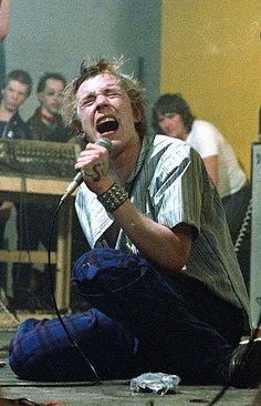 Sex Pistols Johnny Rotten 1977/12/08 Netherlands, Arnhem, Stokvishal