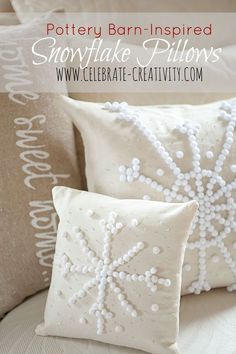 The snowflakes are falling but this SNOWFLAKE PILLOW will warm your heart. Super easy to make and gift.: