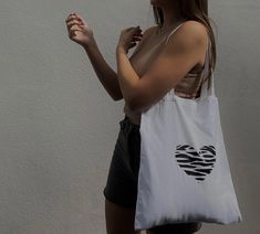 Diy Tote Bag, Tote Bags Handmade, Cute Tote Bags, Floral Tote Bags, Cloth Bags, Cotton Tote Bags, Aesthetic Clothes, Poses, T Shirts For Women