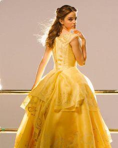 She is Belle. She is perfect❤ Bella Emma Watson, Emma Watson Dress, Emma Watson Style, Most Beautiful Hollywood Actress, Beautiful Actresses, Emma Thompson, Disney Princess Dresses, Disney Beauty And The Beast, Princesas Disney
