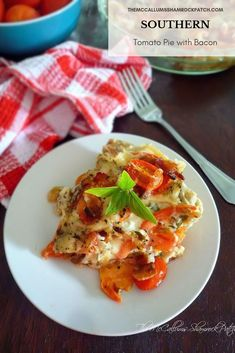 Southern Tomato Pie, Friend Recipe, Homemade Pie Crusts, Southern Recipes, Heirloom Tomatoes, Pie Recipes, Sweet Tea, Slow Cooker Recipes, Fresh Herbs