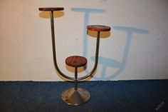 Functionalist plant stand