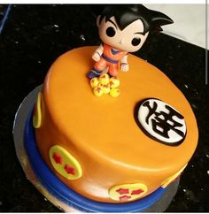 Super cute dragon ball z goku cake!!!!!