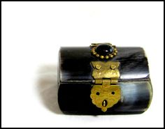 Your place to buy and sell all things handmade Antique Boxes, Brass Fittings, Tiny Treasures, Black Felt, Treasure Chest, Bones, Trunks, Miniatures, India